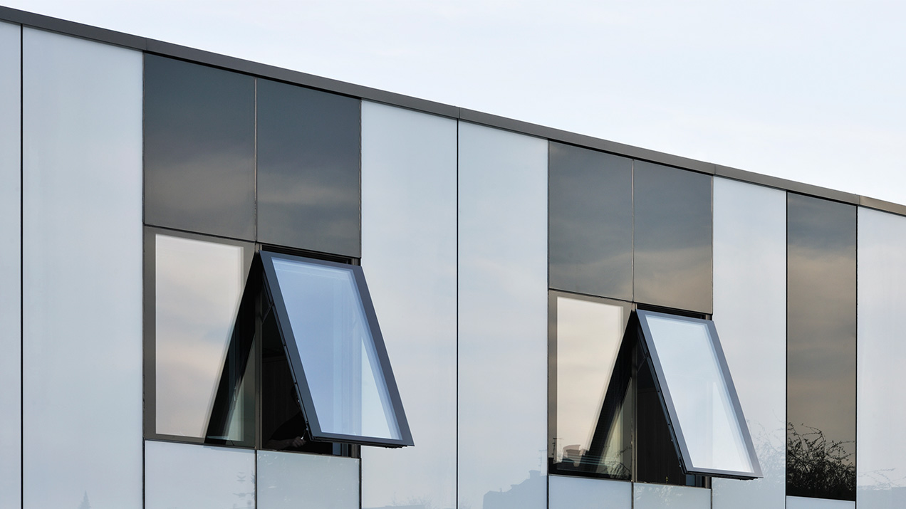 Q-Air unitized glass façade system