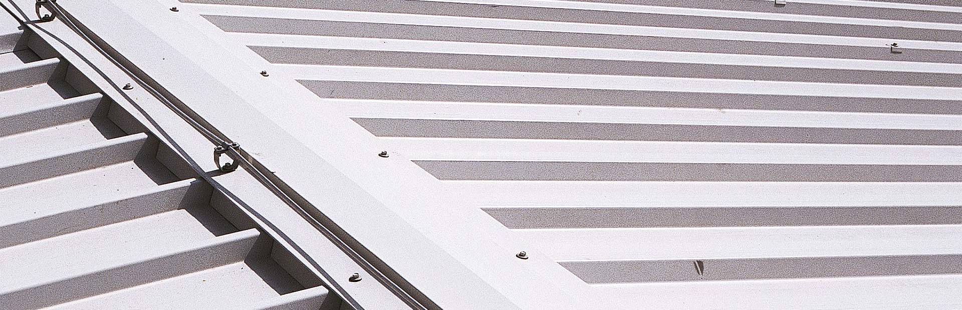 Trimoterm insulated roof panels