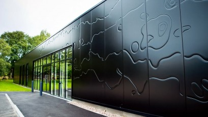 ArtMe - a unique aesthetic façade design, received the 2010 red dot product design award.